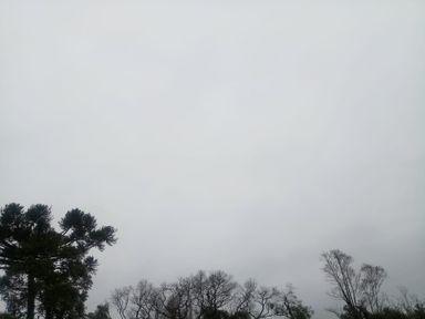 Massa de ar frio influencia tempo nesta segunda-feira em Santa Catarina