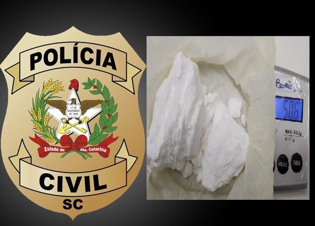 Polícia Civil prende mulher por tráfico de drogas