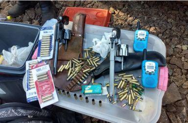 Dupla é presa em Irani por caça e porte ilegal de arma