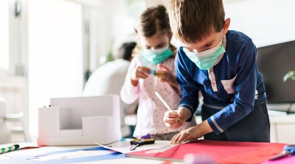 Crianças e adolescentes podem ter papel importante na manutenção da pandemia e sofrer mais com covid longa
