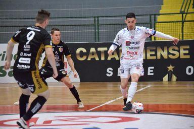 Joaçaba Futsal é superado pelo Blumenau pela Série Ouro